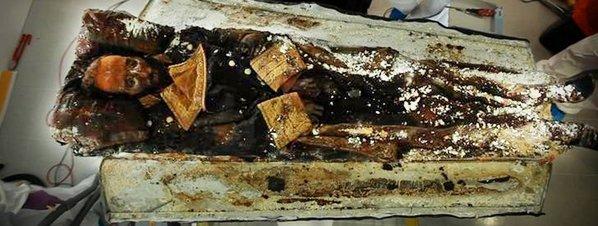 Cuerpo momificado de Prim Crédito:Lavanguardia