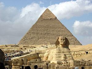 Pirámide y esfinge Crédito:sobreegipto